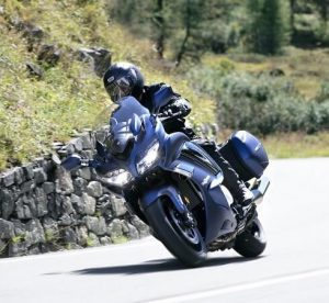 Yamaha FJR1300AE Travelmoto motorverhuur Malaga