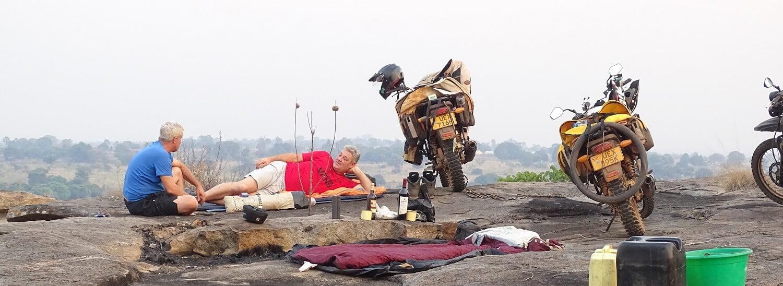 Slapen op de rock Patiko in de buurt van Gulu in Oeganda.